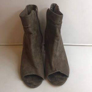 Charlotte Russe open toe sandle heels size 8
